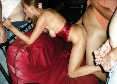 Femme mariée délaissée vous invite dans son lit dans le 08