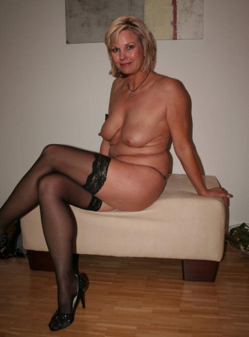 Femme mure nue image porno 07