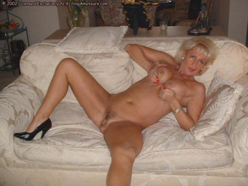 Image pour s'exciter avec une femme mature nue 81