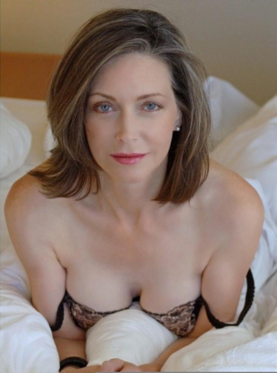 annonce sexy pour plan cul discret dans le 64 avec une infidèle