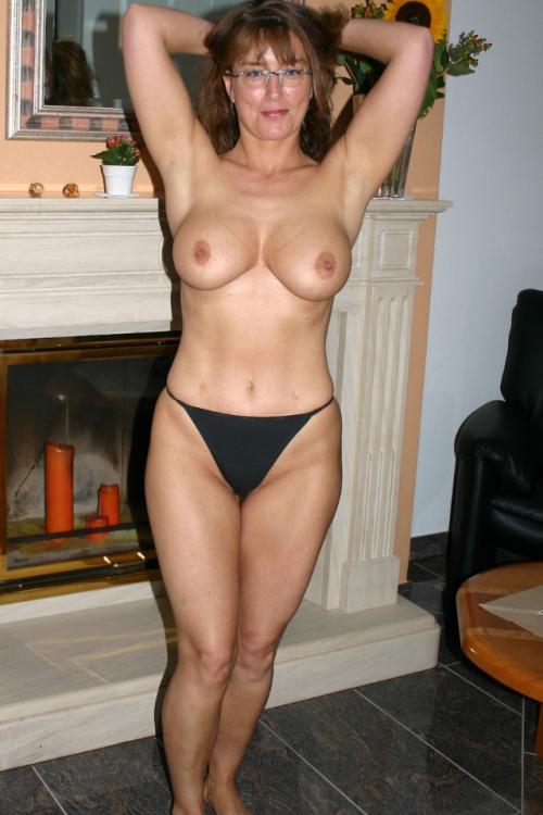 rencontre dans le 52 avec une femme adultère