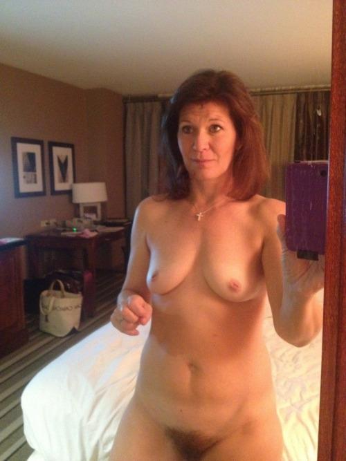maman du 55 à sodomiser